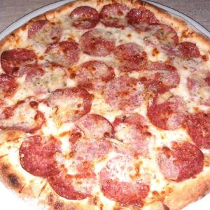 Pizza Salami Gorgonzola